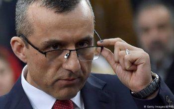 صالح، منتقدیناش را به سارنوالی معرفی میکند