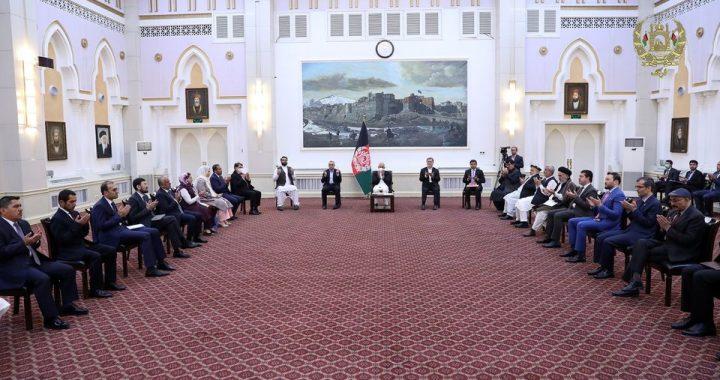 ده نامزد وزیر جدید از سوی رئیس جمهور معرفی شدند
