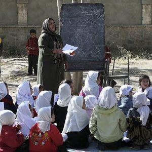 موج سوم کرونا؛ مراکز آموزشی ۱۶ ولایت کشور برای دو هفته رخصت شد